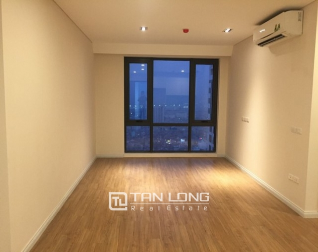 Glamorous apartment  in Mipec Riverside, Long Bien district, Hanoi for rent 4