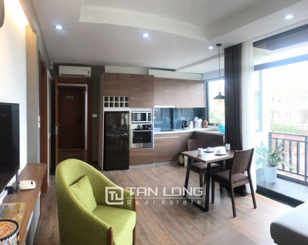 Glamorous apartment in Tay Ho street, Tay Ho district, Hanoi for rent 3