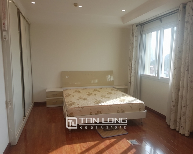 Glamorous full furnished 3 bedroom apartment for rent in G builing, Ciputra, Tay Ho district 7
