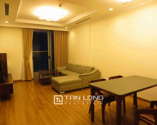 Glamorous Vinhome Nguyen Chi Thanh condominium , Dong Da dist, Hanoi for lease 2
