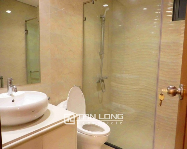 Glamorous Vinhome Nguyen Chi Thanh condominium , Dong Da dist, Hanoi for lease 9