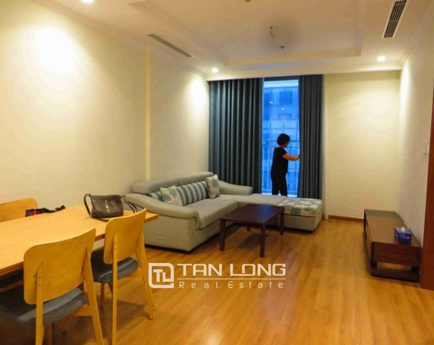 Glamorous Vinhome Nguyen Chi Thanh condominium , Dong Da dist, Hanoi for lease 1