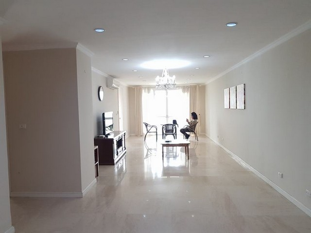 Glamorously apartment in P1, Ciputra, Tay Ho dist for lease