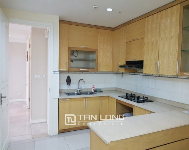 Glamorously apartment in P1, Ciputra, Tay Ho dist for lease 3