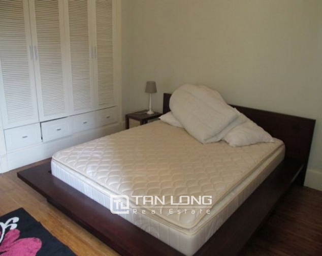 Glamorously serviced apartment in Ba Trieu street, Hoan Kiem dist for lease 6