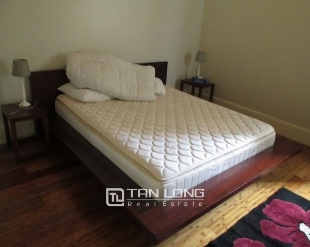 Glamorously serviced apartment in Ba Trieu street, Hoan Kiem dist for lease 8