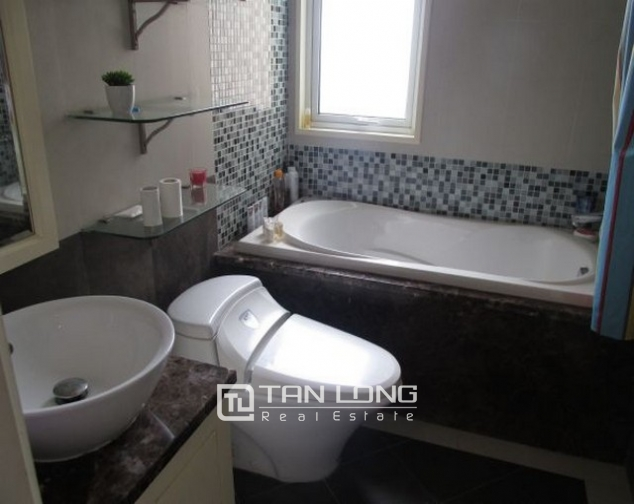 Glamorously serviced apartment in Ba Trieu street, Hoan Kiem dist for lease 10