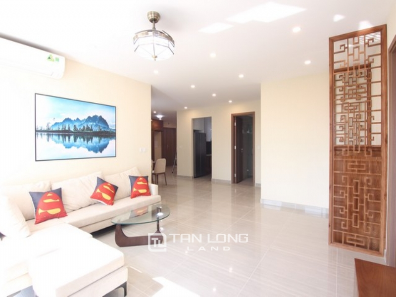 Golf view and modern apartment for rent in L3  tower The Link Ciputra 1