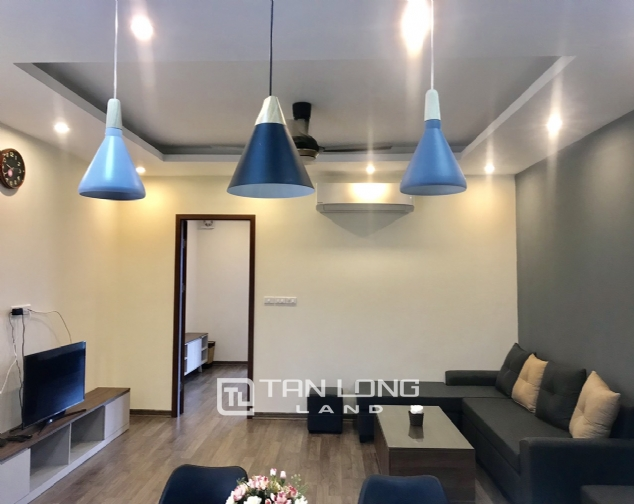 Good apartment for lease in Yen Phu Str, Tay Ho Distr 1
