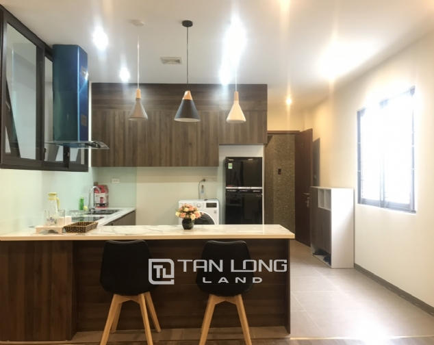 Good apartment for lease in Yen Phu Str, Tay Ho Distr 2