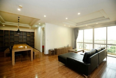 Good offer: Modern 4 bedroom furnished apartment for rent in G tower Ciputra urban area