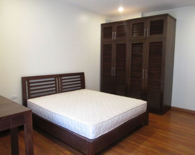Gorgeous 2 bedroom serviced apartment for lease in Yet Kieu, Hoan Kiem district 6