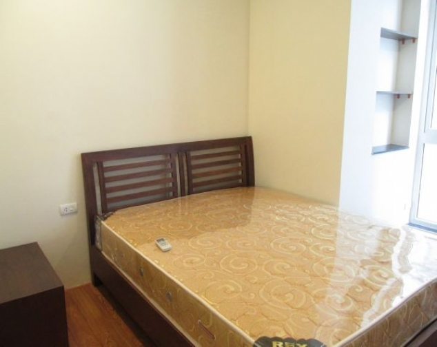 Gorgeous 2 bedroom serviced apartment for lease in Yet Kieu, Hoan Kiem district 8