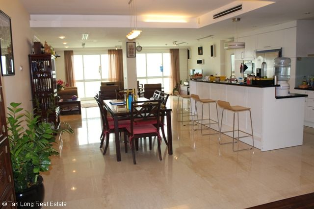 Gorgeous 3 bedroom apartment for sale in P2 Ciputra, Tay Ho, Hanoi 3