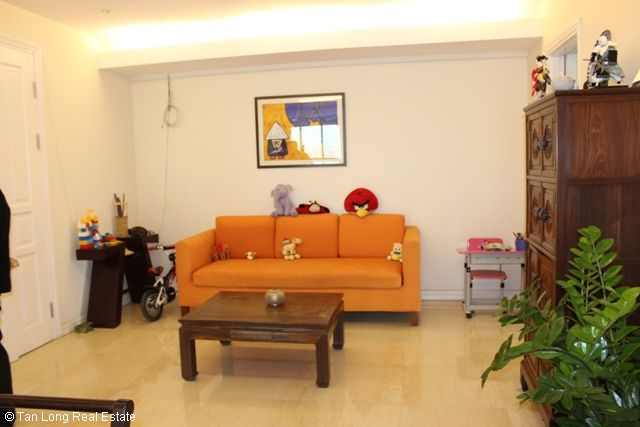 Gorgeous 3 bedroom apartment for sale in P2 Ciputra, Tay Ho, Hanoi 8