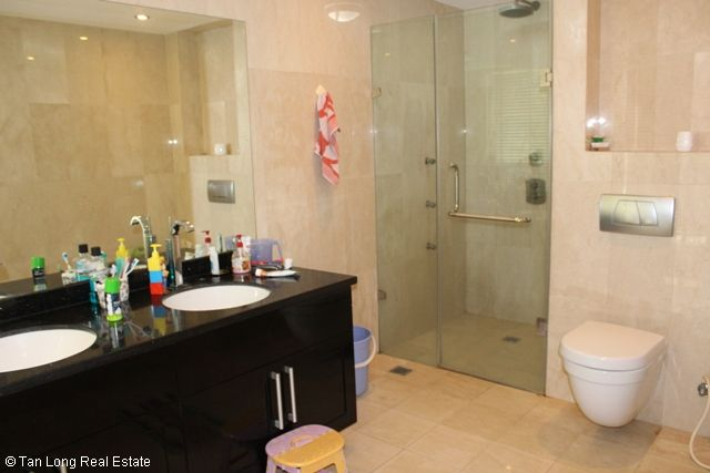Gorgeous 3 bedroom apartment for sale in P2 Ciputra, Tay Ho, Hanoi 6