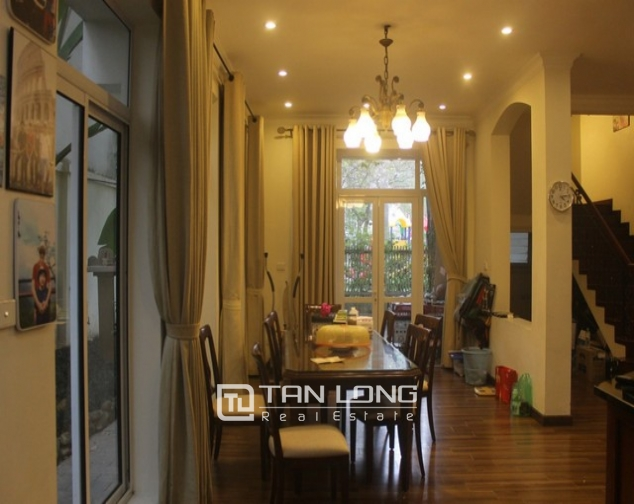 Gorgeous 6 bedroom villa for rent in T4, Ciputra 7