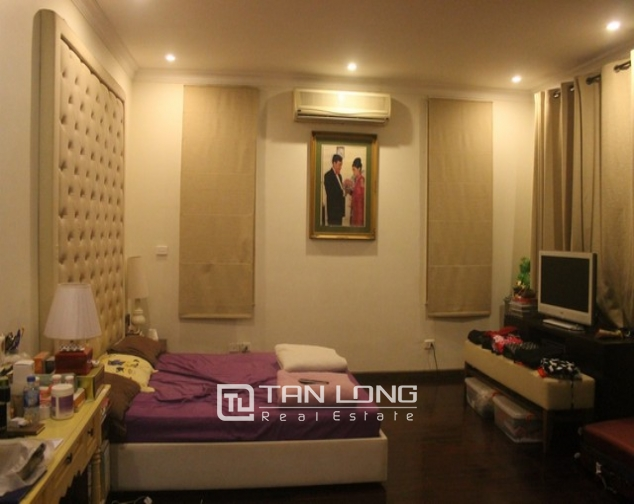 Gorgeous 6 bedroom villa for rent in T4, Ciputra 8