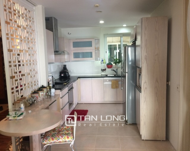 Gorgeous and modern 3 bedroom apartment for rent in E1 Ciputra, Tay Ho, Ha Noi 4