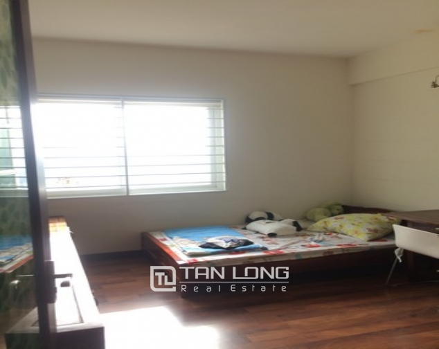 Gorgeous and modern 3 bedroom apartment for rent in E1 Ciputra, Tay Ho, Ha Noi 9
