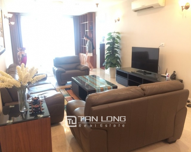 Gorgeous and modern 3 bedroom apartment for rent in P2 building, Ciputra. 3