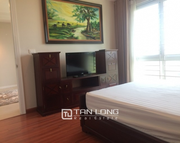 Gorgeous and modern 3 bedroom apartment for rent in P2 building, Ciputra. 9
