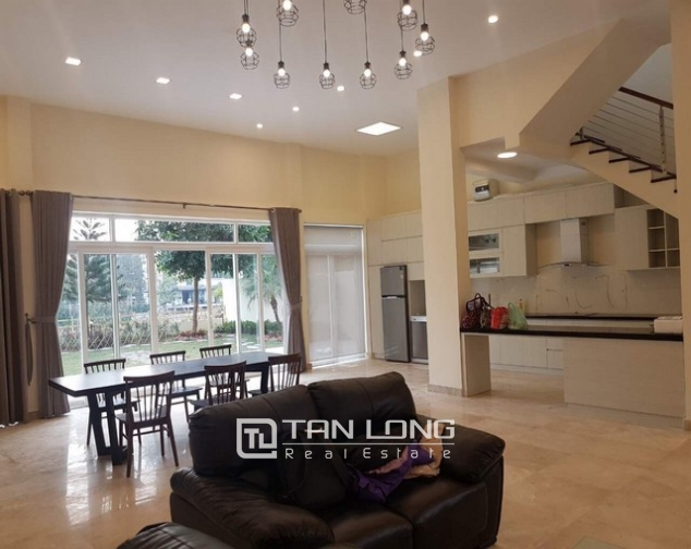 Gorgeous and modern 5 bedroom villa for rent in ciputra 8