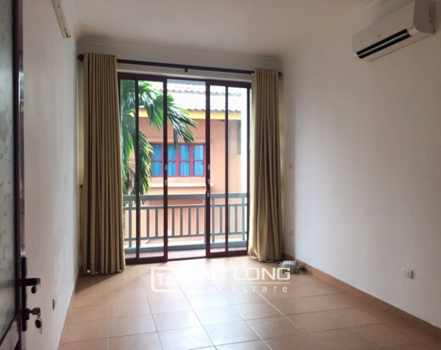 Gorgeous house for rent on Tu Hoa street, Tay Ho district 9