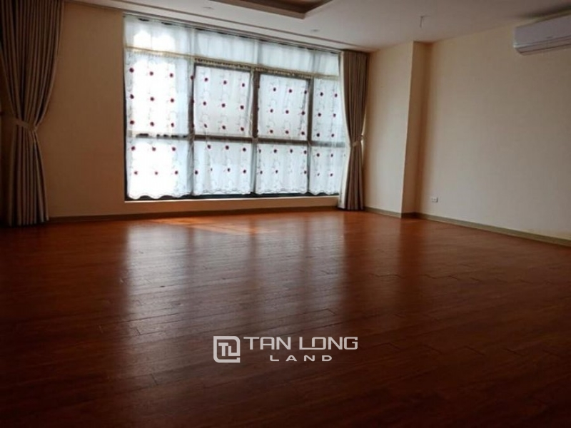 Government house for rent apartment N01T3 Ngoai Giao Doan area, 3 bedrooms 2 dt 116m2 1