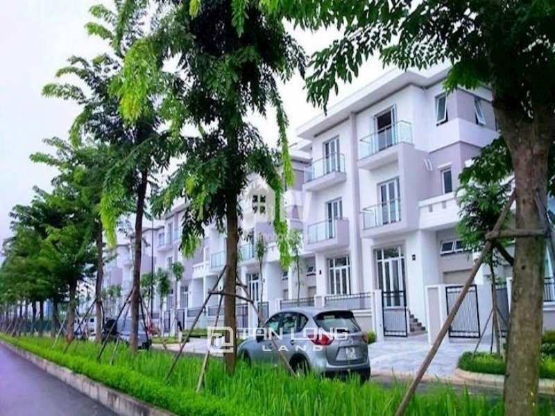Governmental semi-detached villa K4 Ciputra - Tay Ho - Hanoi. DT 140m2, South direction, best price 1