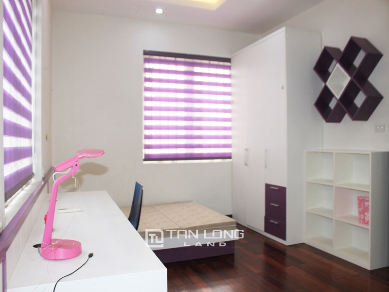 Hanoi Affordable Furnished 3 Bedrooms Duplex Villa in Vinhomes Riverside To Lease 9