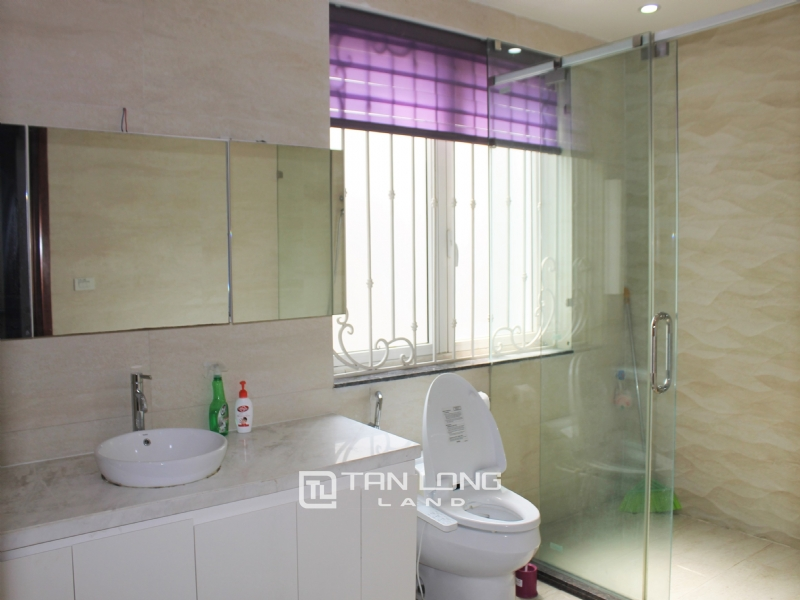 Hanoi Affordable Furnished 3 Bedrooms Duplex Villa in Vinhomes Riverside To Lease 10