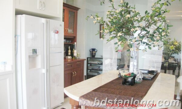 Hanoi apartment for rent at 249 Thuy Khue Tay Ho Hanoi 5