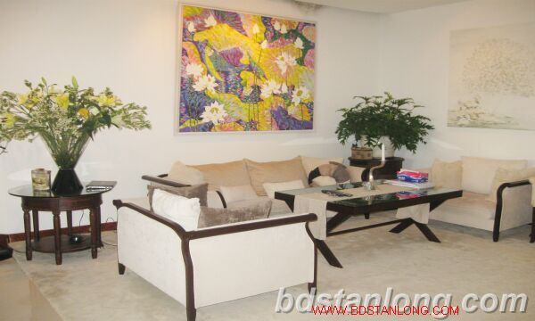 Hanoi apartment for rent at 249 Thuy Khue Tay Ho Hanoi 1