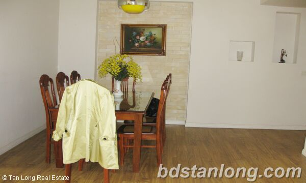 Hanoi apartment for rent in Ciputra, E5 building. 4