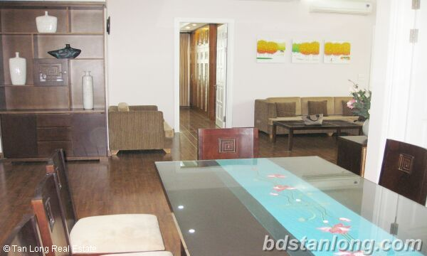 Hanoi apartments for rent at E4 Ciputra 2
