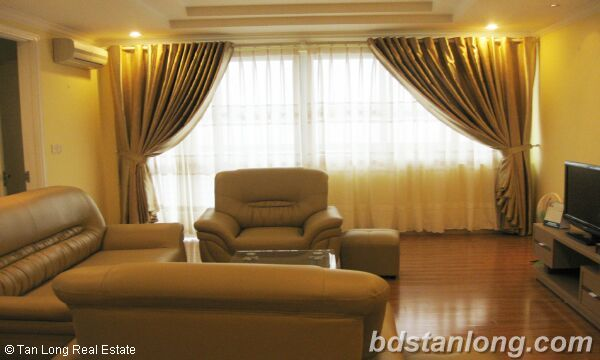 Hanoi apartments for rent at E5 Ciputra 1