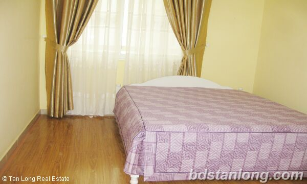 Hanoi apartments for rent at E5 Ciputra 4