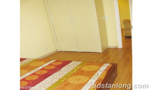 Hanoi apartments for rent at E5 Ciputra 6