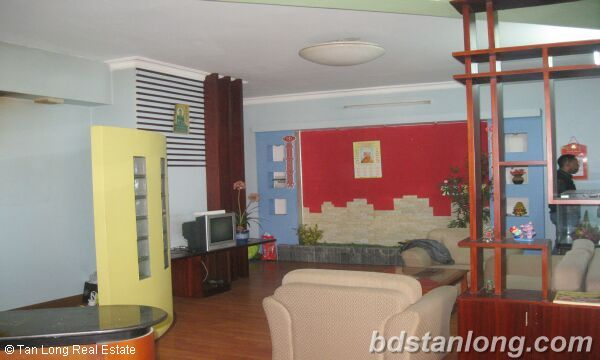 Hanoi apartments for rent in Trung Hoa urban 4