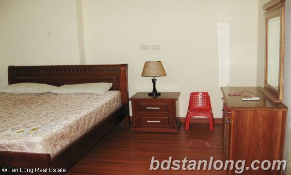 Hanoi Ciputra apartment for rent, P2 building 4