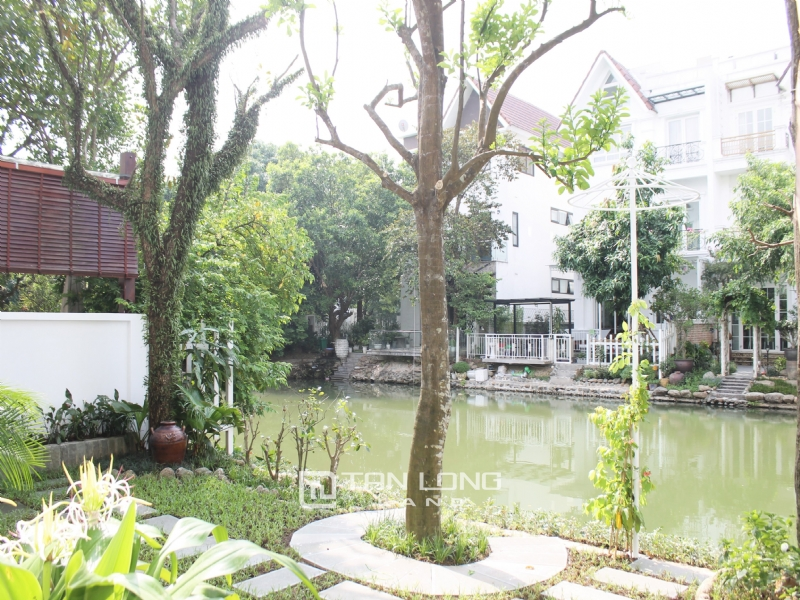 Hanoi Furnished 3 Bedrooms Duplex Villa To Lease at Vinhomes Riverside 13