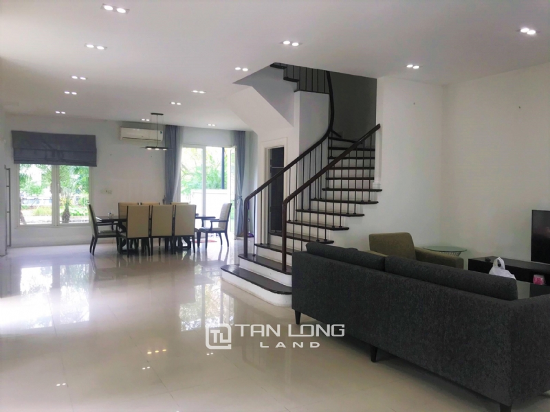 Hanoi Furnished 4 Bedrooms Villa To Lease In Vinhomes Riverside 2