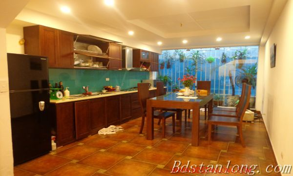 Hanoi house for lease in Xuan Dieu street 3