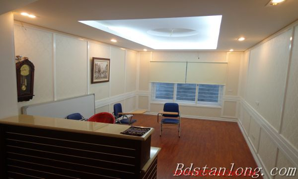 Hanoi house for lease in Xuan Dieu street 5
