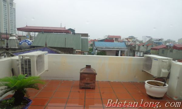 Hanoi house for lease in Xuan Dieu street 7