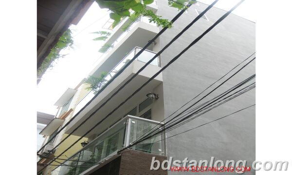 Hanoi house for rent in Nguyen Hoang Ton street, Tay Ho dist 2