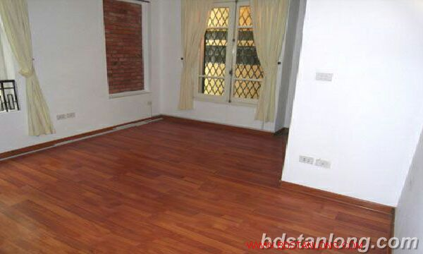 Hanoi houses for rent in Tay Ho area 5
