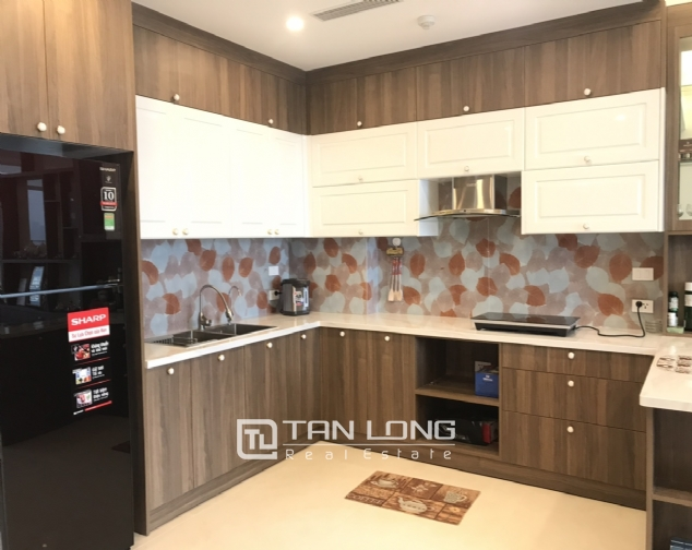 High end 2 bedroom apartment for rent in Sun Grand Thuy Khue 3