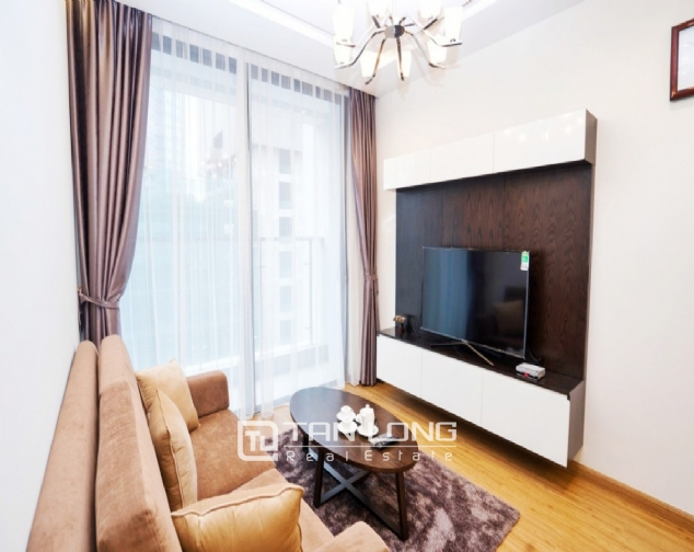 High end 2 bedroom apartment for rent in Vinhomes Metropolis 1